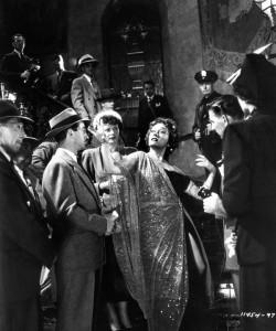 Gloria Swanson in una scena del film Sunset Boulevard