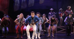 REVIEW – FOOTLOOSE